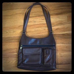 OFFERS??? Fossil Vintage Leather Shoulder Bag